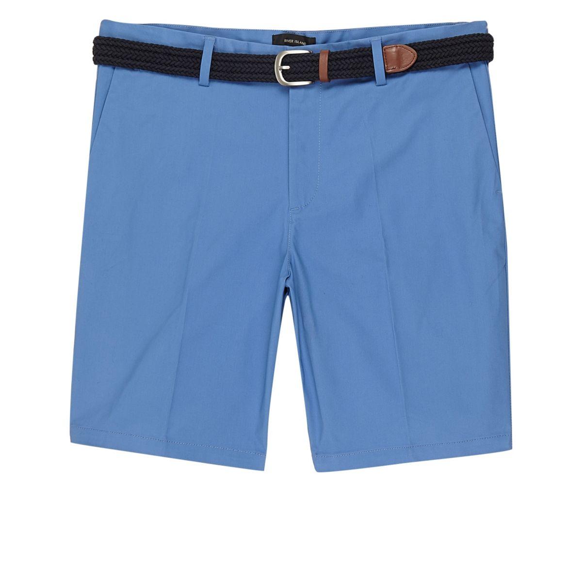 Blauwe slim-fit short met riem