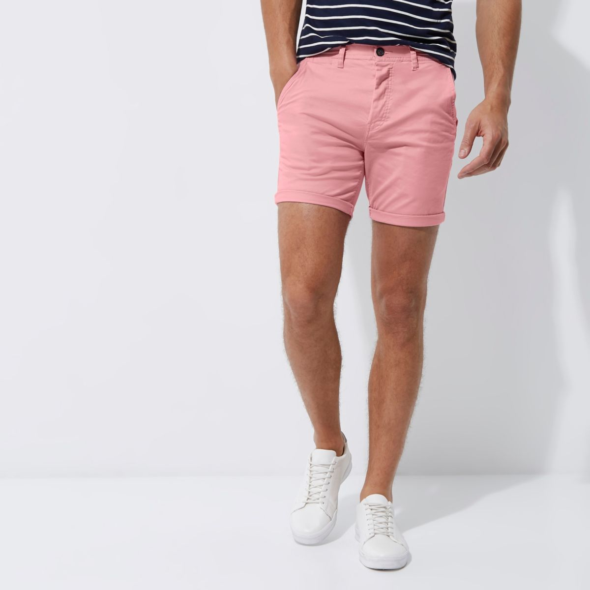 Pink slim fit turn up shorts