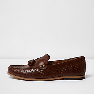 Brown embossed weave tassel loafers