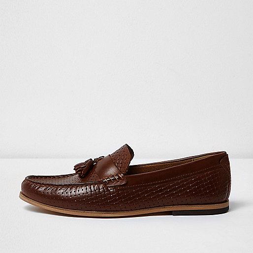 Brown embossed weave tassel loafers