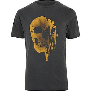 T-shirt noir délavé imprimé tête de mort