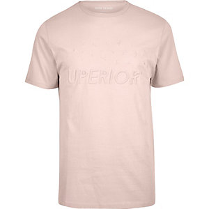 T-shirt rose clair coupe slim à motifs en relief