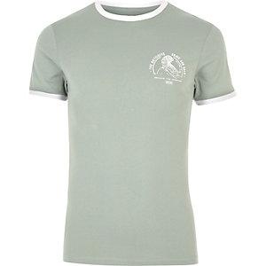 T-shirt ajusté vert-de-gris avec liseré à l'encolure