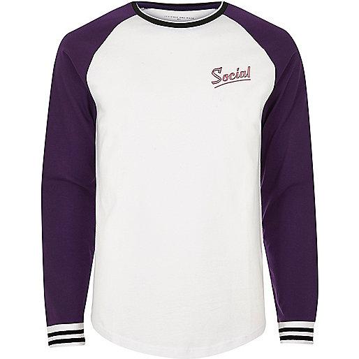 White and purple 'social' print baseball top