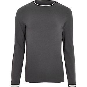 T-shirt ajusté gris avec liseré
