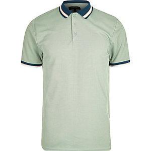 Hellgrünes, kurzärmliges Polohemd