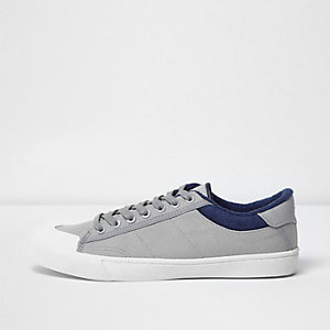 Grey canvas plimsolls