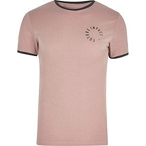 Pinkes T-Shirt mit Logo