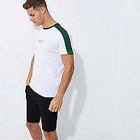 White muscle fit green tipped T-shirt