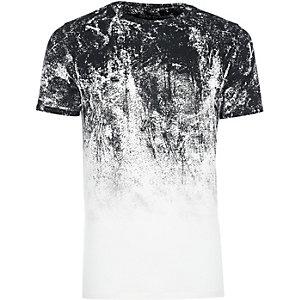 Weißes Muscle-T-Shirt mit verblasstem Print