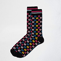 Black kiss print socks