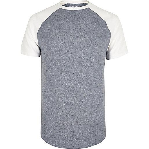 T-shirt bleu marine à coupe ajustée et manches raglan