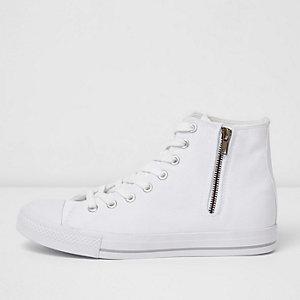 Weiße, hohe Leinen-Sneaker