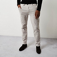 Slim Fit Chino-Hose aus Cord