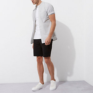 Zwarte slim-fit chino short