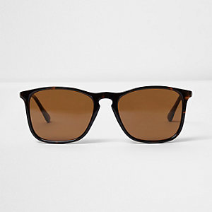 Brown tortioseshell retro square sunglasses