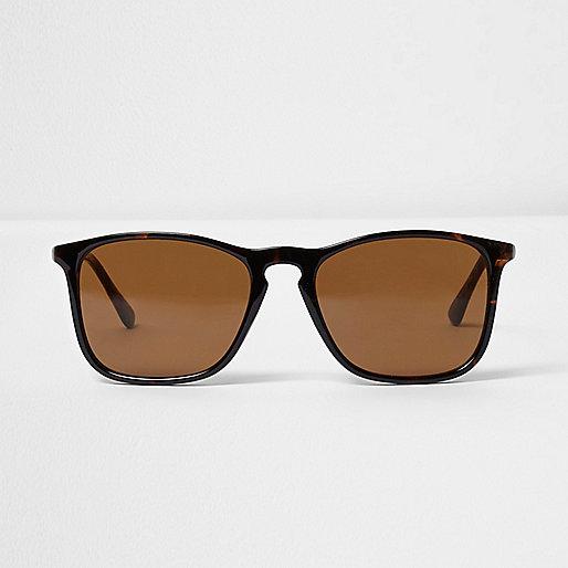 Brown tortioseshell retro square sunglasses