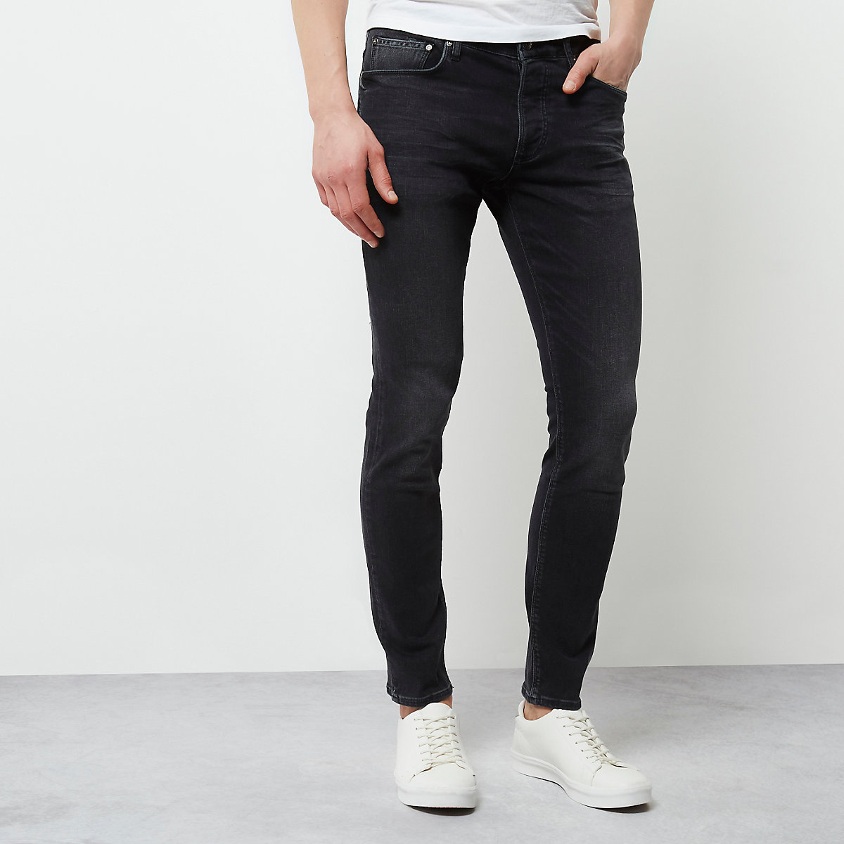 Black faded skinny fit Sid jeans