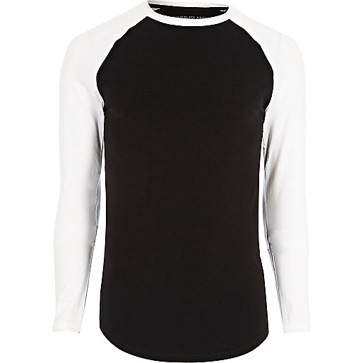 Black muscle fit raglan long sleeve T-shirt