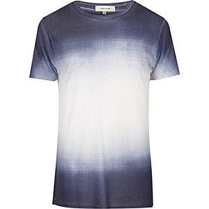 Wit en marineblauw T-shirt met vervaagde print
