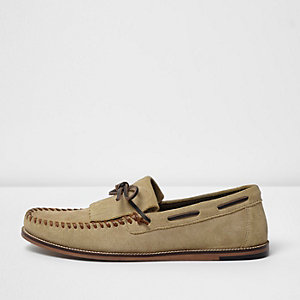 Light brown suede fringe moccasins