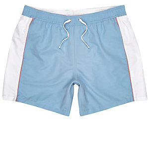 Short de bain motif colour block bleu