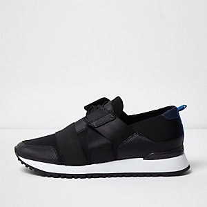 Black textured runner trainers