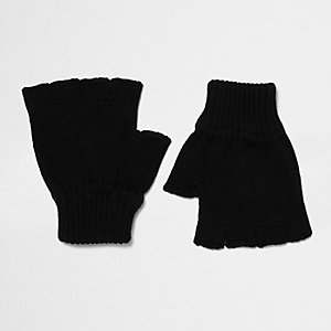 Black knit fingerless gloves