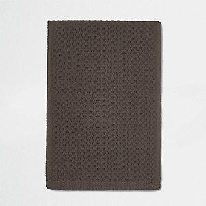 Gemêleerd bruine gebreide sjaal met honingraatsteek