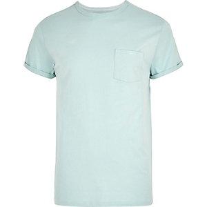 T-shirt vert menthe à manches retroussées