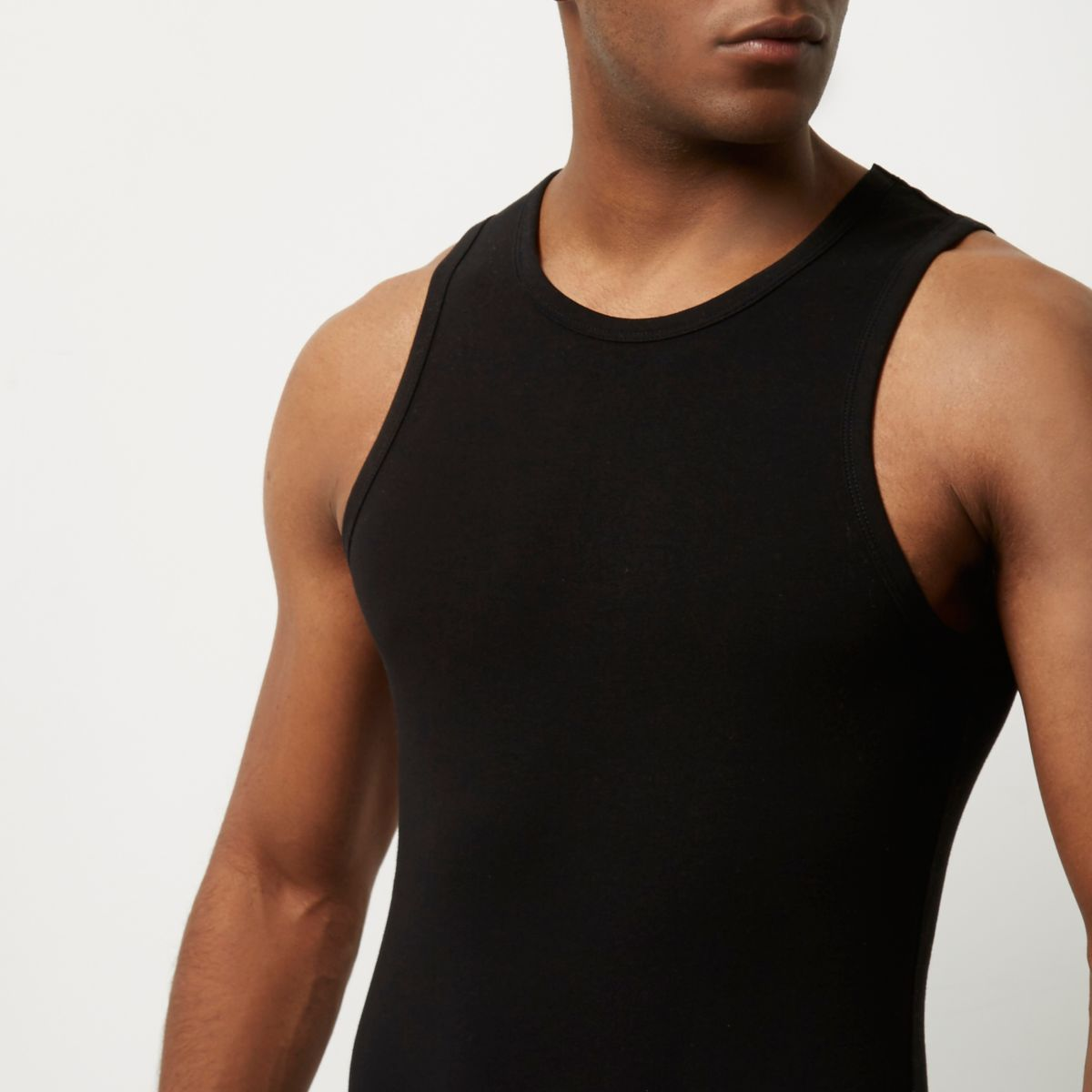 Black muscle fit tank