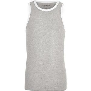 Grijs aansluitend hemd