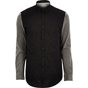Chemise Oxford noire à manches constrastées
