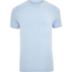 Blaues, figurbetontes T-Shirt