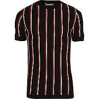 Slim Fit T-Shirt in Schwarz und Rot
