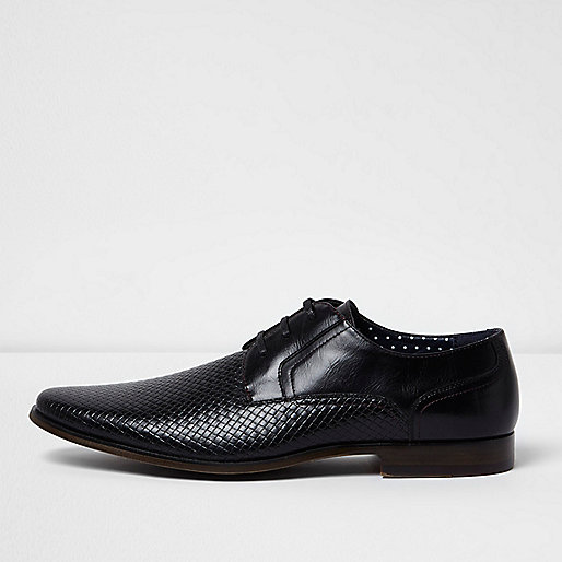 Black embossed formal shoe