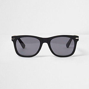 Black rubber retro sunglasses