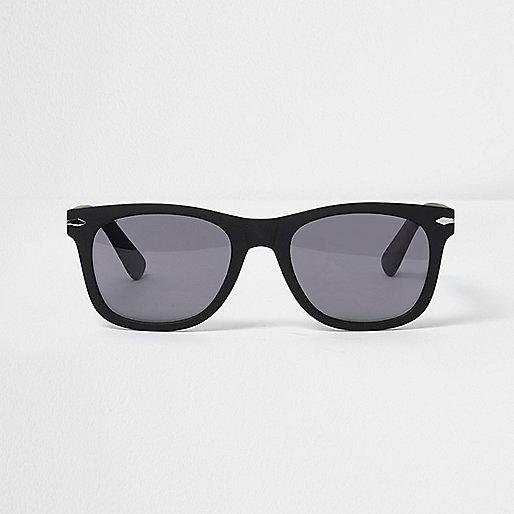 Black rubber retro sunglasses