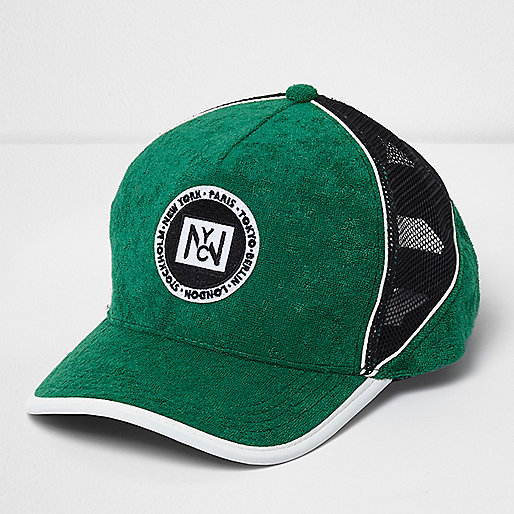 Green towelling mesh cap