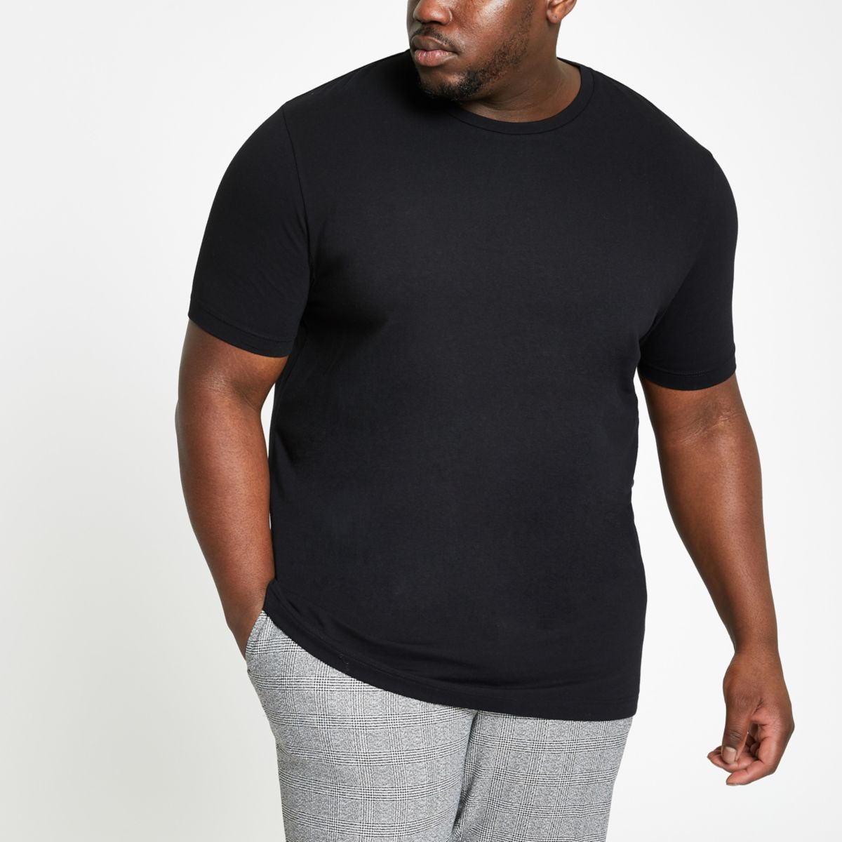 RI Big and Tall - Zwart T-shirt met ronde hals