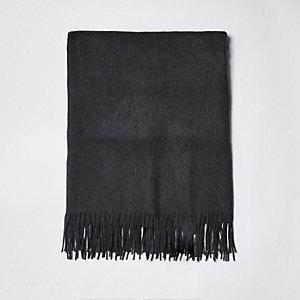 Écharpe en tissu brossé grise à franges