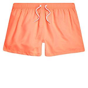 Badeshorts in Orange und Koralle