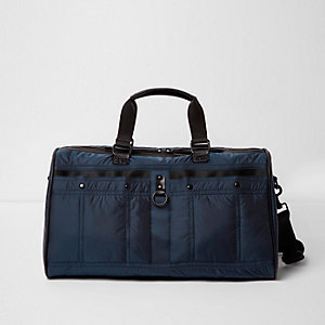 Navy puffer holdall