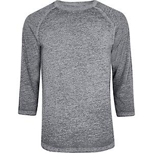 T-shirt slim gris effet usé à manches raglan