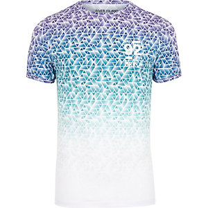 White and blue geo print muscle fit T-shirt