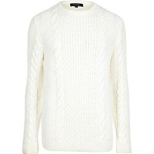 Pullover in Creme mit Rundhalsausschnitt und Zopfmuster