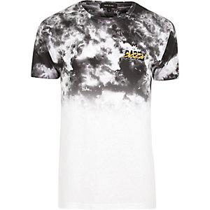 T-Shirt mit Batikmuster in Weiß und Grau