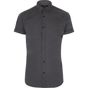 Chemise slim gris foncé à manches courtes