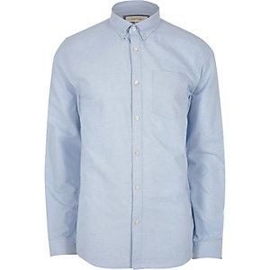 Hellblaues Oxford-Hemd mit Buttondown-Kragen