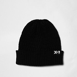 Black chain knit ribbed fisherman hat